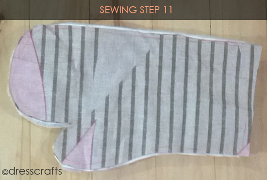 Easy Oven Mitts Sewing Step 11