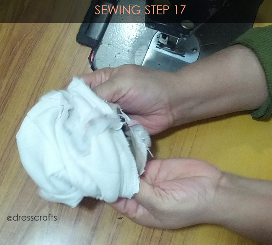 Easy Oven Mitts Sewing Step 17