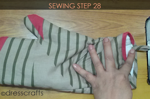 Easy Oven Mitts Sewing Step 28